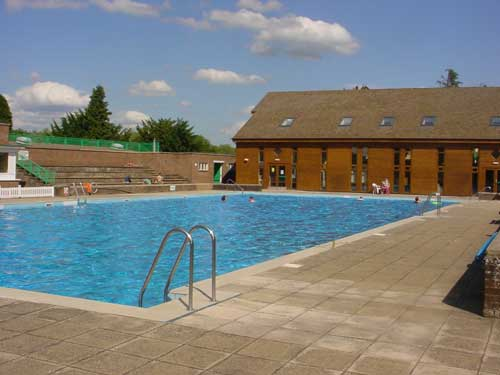 Fusion to reopen High Wycombe pool