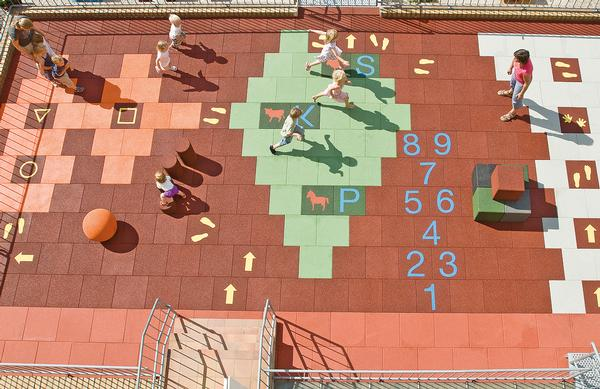 Tiles include numbers and letters, geometric shapes and animals
