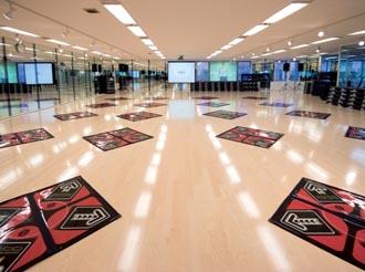 Konami opens concept club in Japan