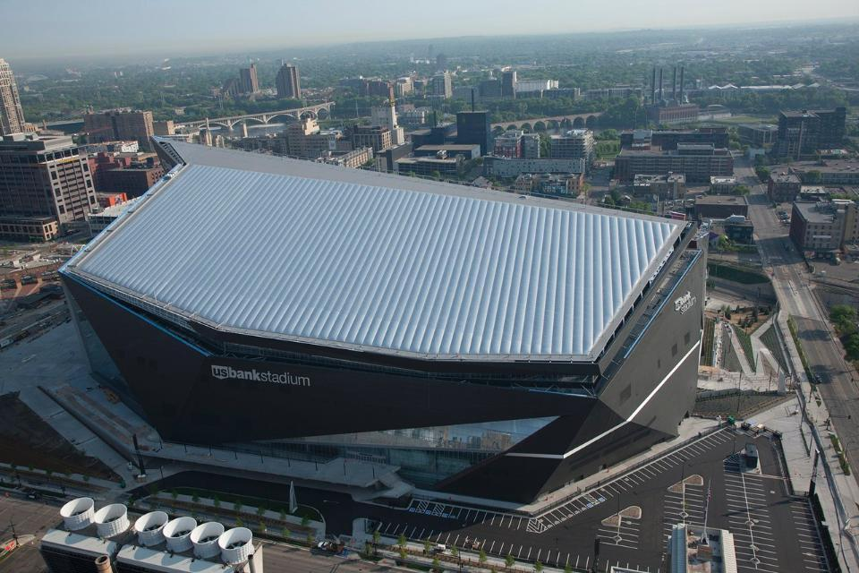 The 1.75m sq ft structure features a fixed-roof design with the largest span of transparent ETFE material in the country / Minnesota Vikings