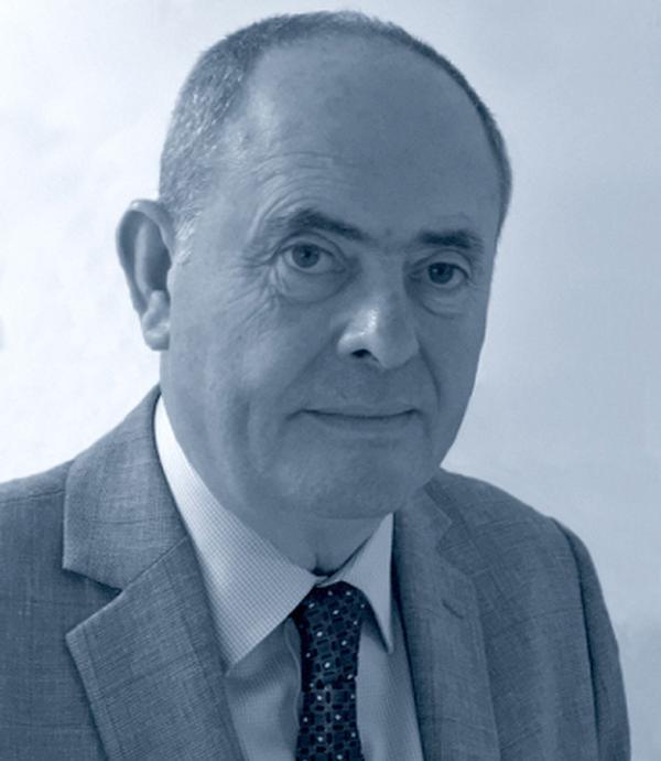 Cliff Collins