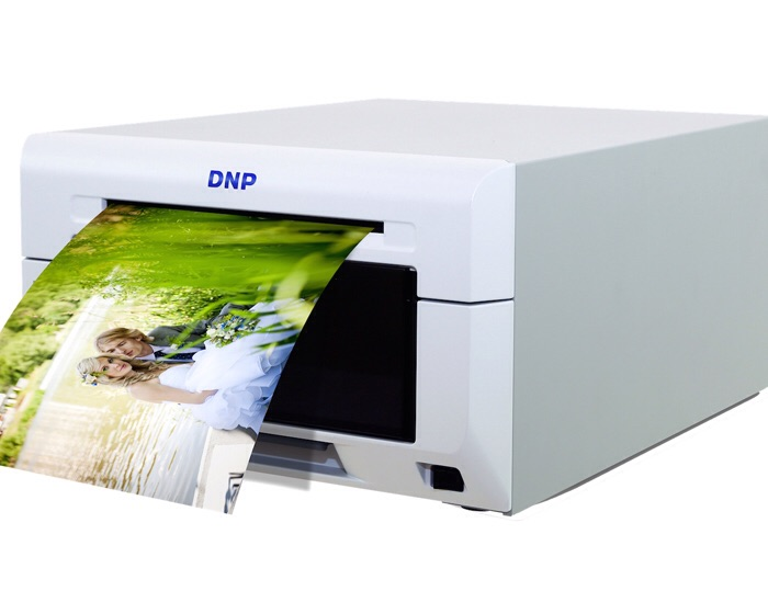 DNP launches compact photo printer for ride souvenirs