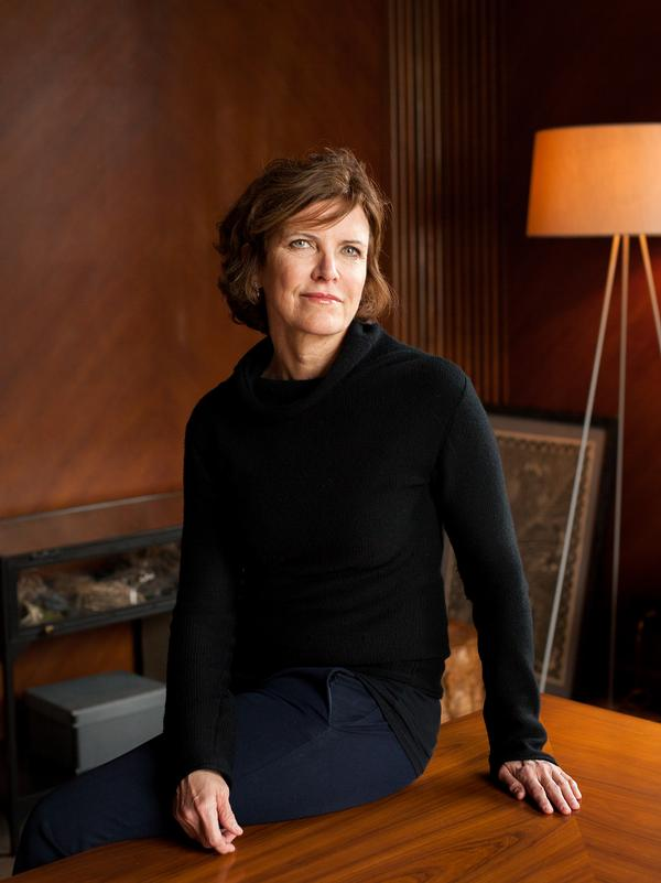 Jeanne Gang studied at the University of Illinois and Harvard Graduate School of Design
