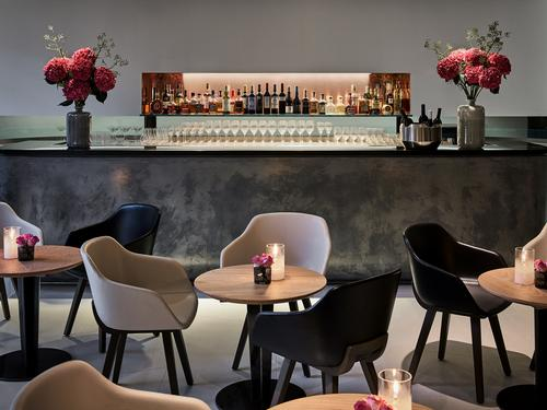 The choice of materials, textures and furnishings was made to evoke a certain Basque feel / Eneko at One Aldwych