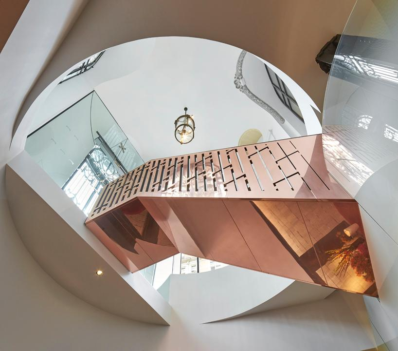 Reflective materials were chosen to maximise light in the space / Eneko at One Aldwych