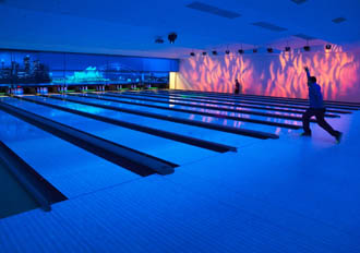 Garland continues ten-pin expansion