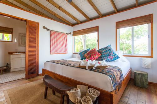 Coppola has built a new cottage for the island / The Family Coppola