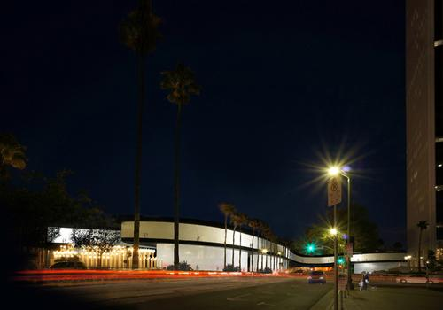 Outside view of proposed LACMA plans, with the new bridge / Atelier Peter Zumthor & Partner
