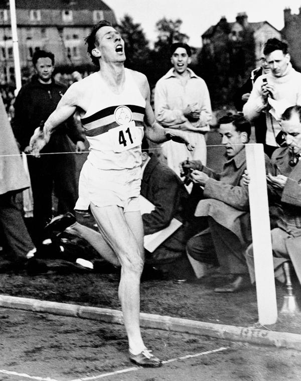 Roger Bannister was the first person to break the four-minute mile at the University of Oxford in 1954 / © S&G/S&G and Barratts/EMPICS Sport