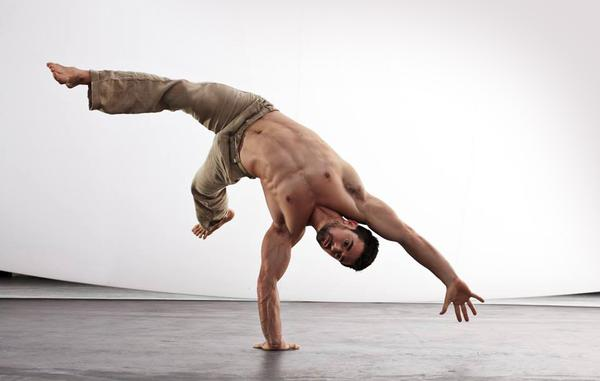 Ido Portal developed his own movement-focused programme