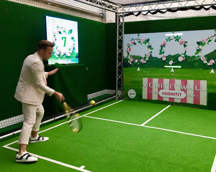 Singer Olly Murs trails WallJam at Wimbledon