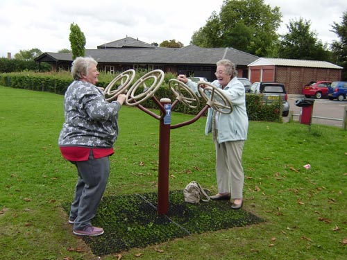 Shepperton gets new outdoor gym