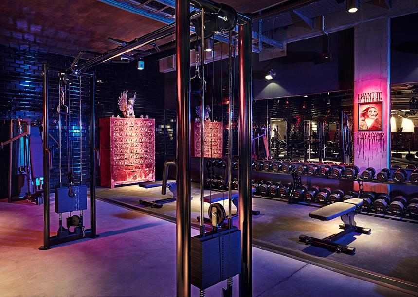 Music is the focus of the gym, with workouts accompanied by live DJ sets / John Reed