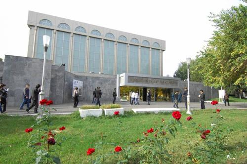Controversy as Uzbekistan's biggest museum replaces original artworks with frauds