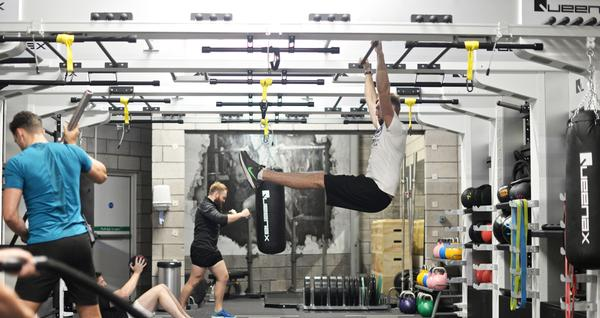 The installation complements individual training as well as group exercise