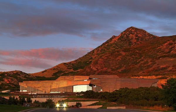 Natural History Museum of Utah by Todd Schliemann / ©Jeff Goldberg/Esto
