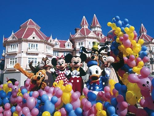 Euro Disney looks to add hotels