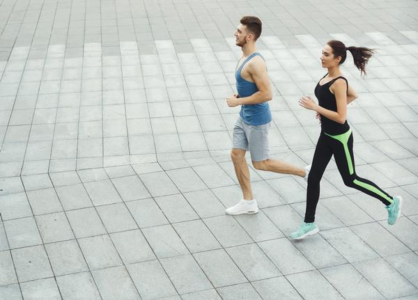 Operators can harness the outdoors by organising running clubs and outdoor workouts to increase capacity / Prostock-studio/shutterstock