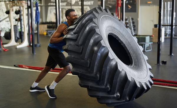 Strength muscle growth occurs at the expense of endurance muscle fibres / SHUTTERSTOCK/SEVENTYFOUR