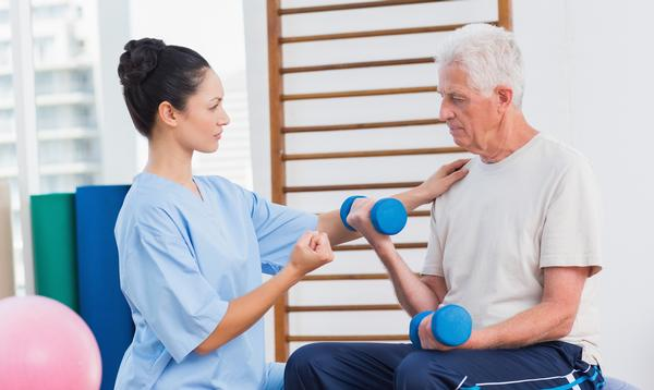 Structured exercise programmes support living with and beyond cancer / SHUTTERSTOCK/wavebreakmedia