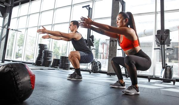 Glute workouts play an important role in preventing lower back pain / Master1305/shutterstock