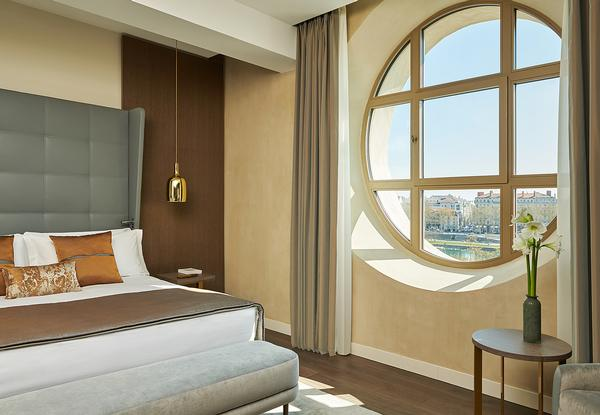 The guestrooms offer views of the river Rhône and of listed historic courtyards / Photo: Eric Cuvillier