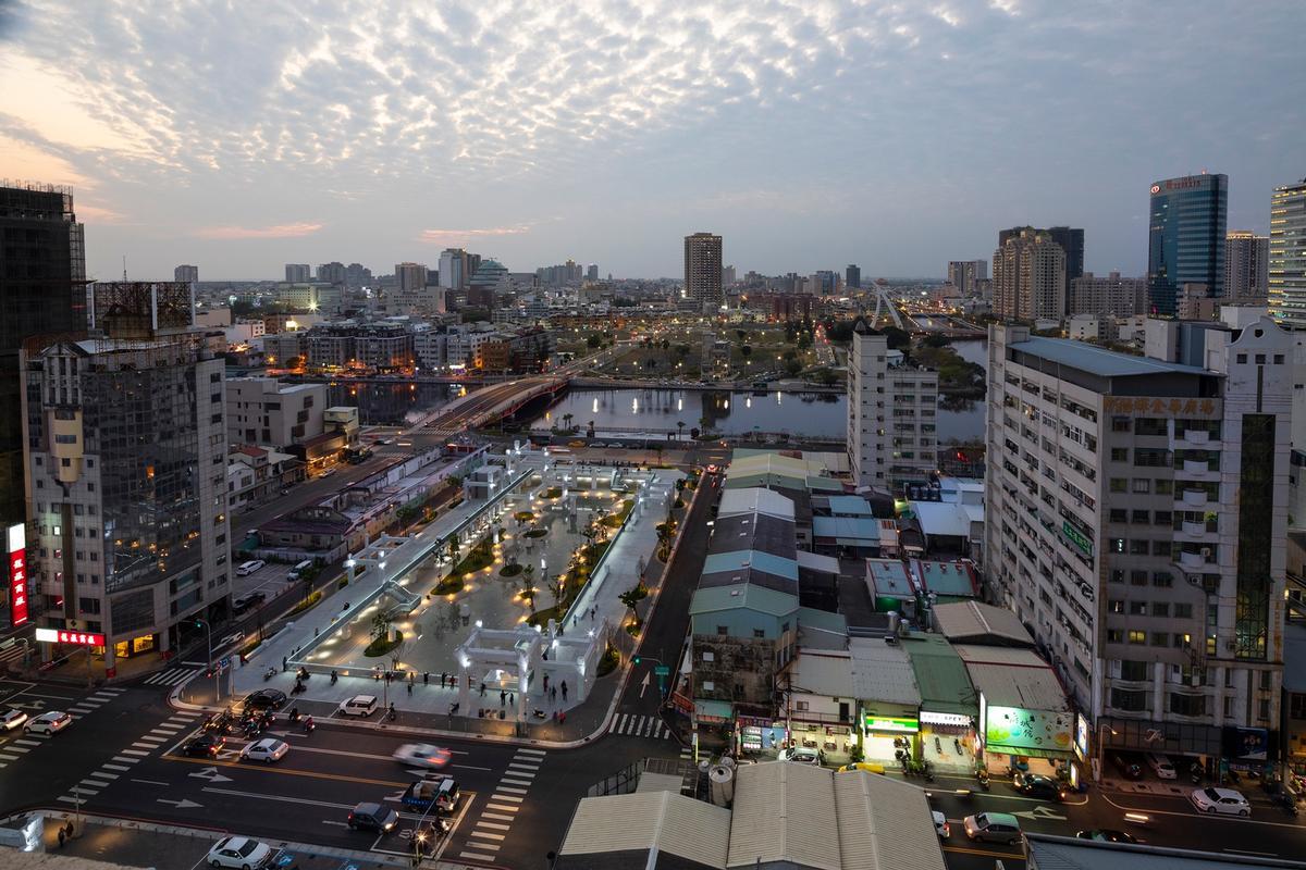 The Urban Development Bureau of the Tainan City Government commissioned MVRDV to create Tainan Spring / Daria Scagliola