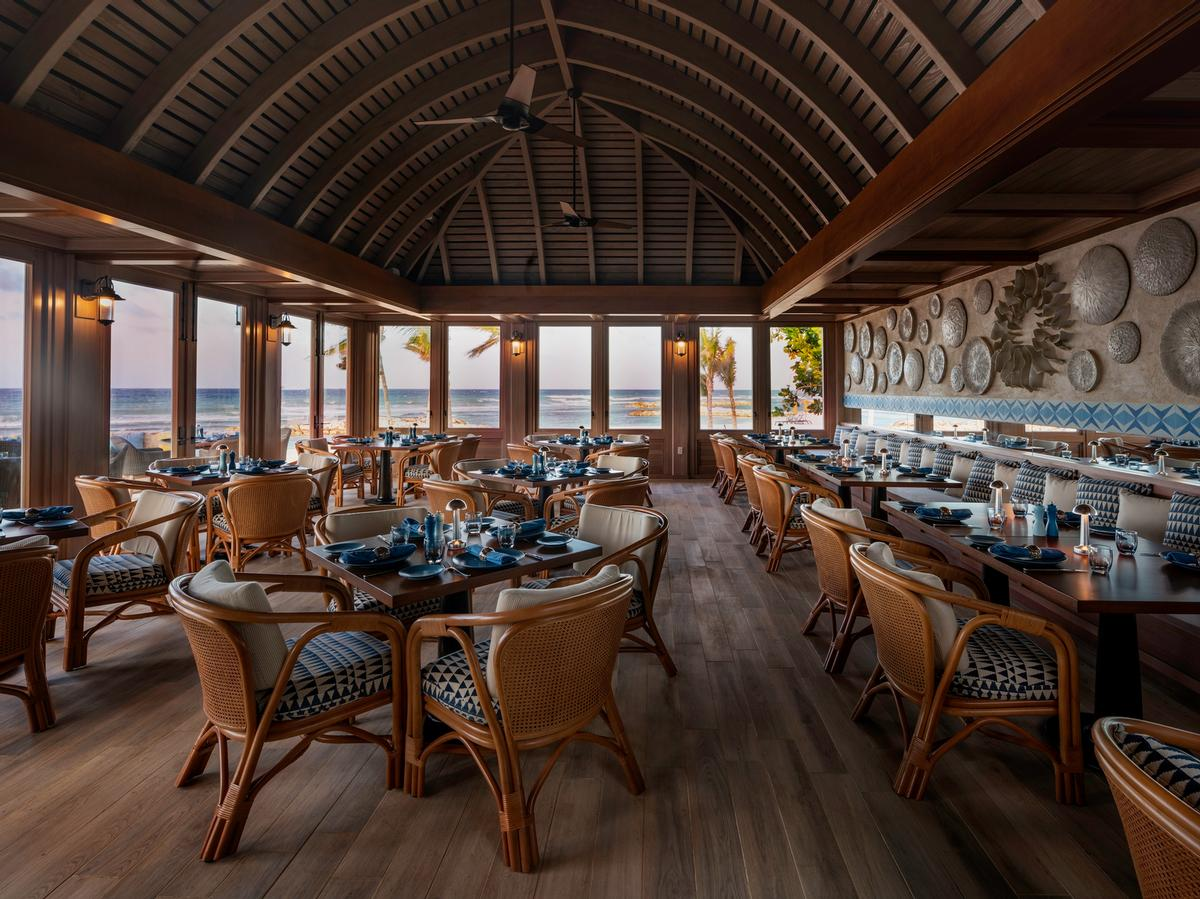 Located on the seafront, Delmare is the resort's signature restaurant
