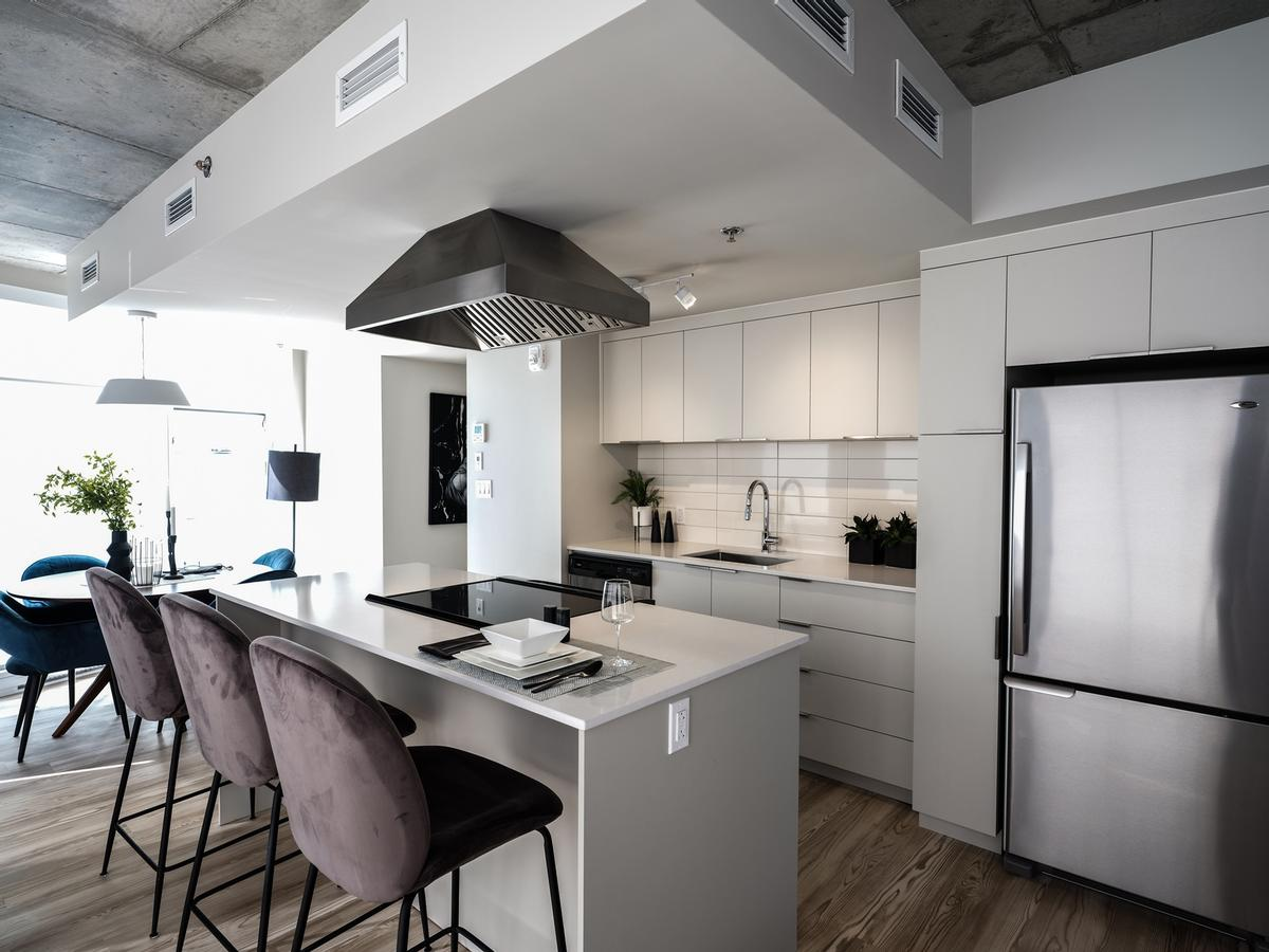 Apartments will feature premium finishes and abundant natural light / Humaniti