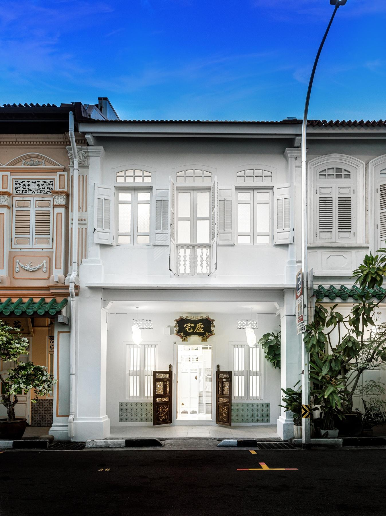 Canvas House is set in a heritage shophouse in Singapore / Edward Hendricks, CI&A Photography