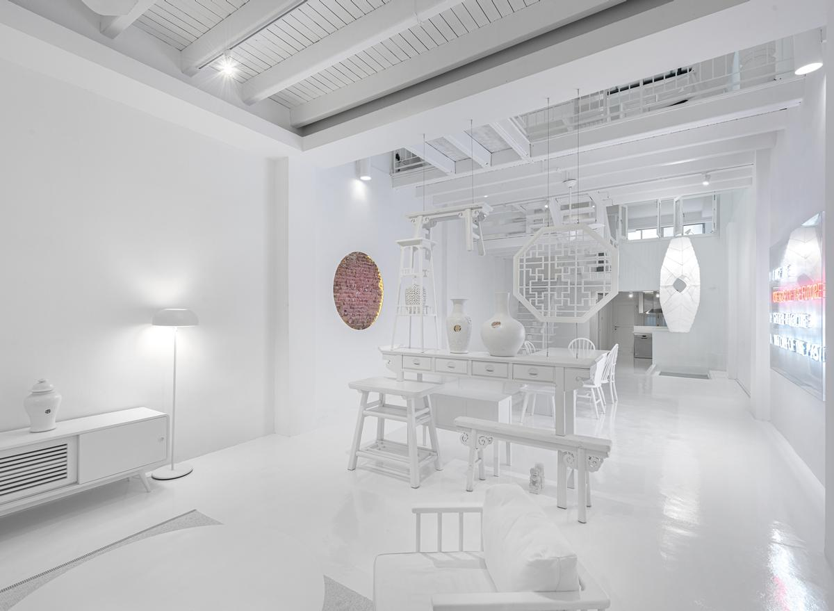 Pieces of furniture were upcycled to fit the all-white theme / Edward Hendricks, CI&A Photography