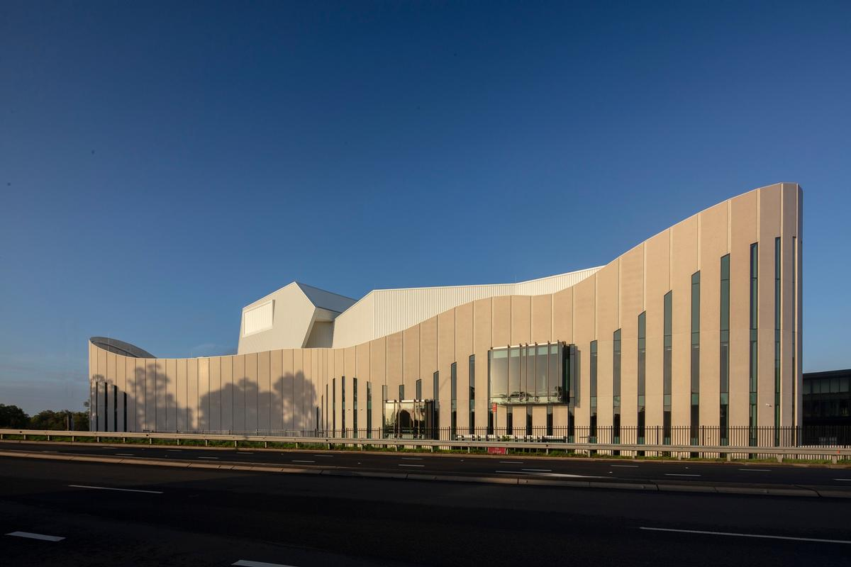 The theatre is located in the Rooty Hill area of Western Sydney / John Gollings
