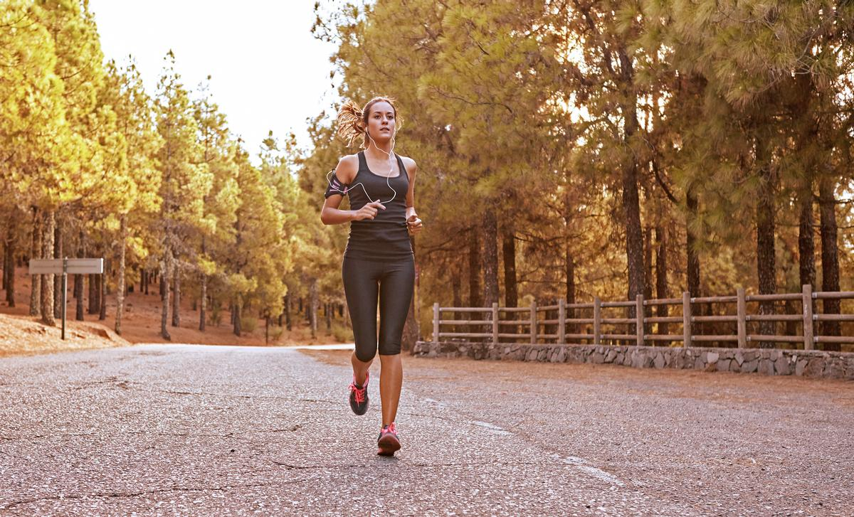 While inactivity is on the rise, there has been an increase in people running, walking and cycling / Shutterstock.com/Pablo Calvog