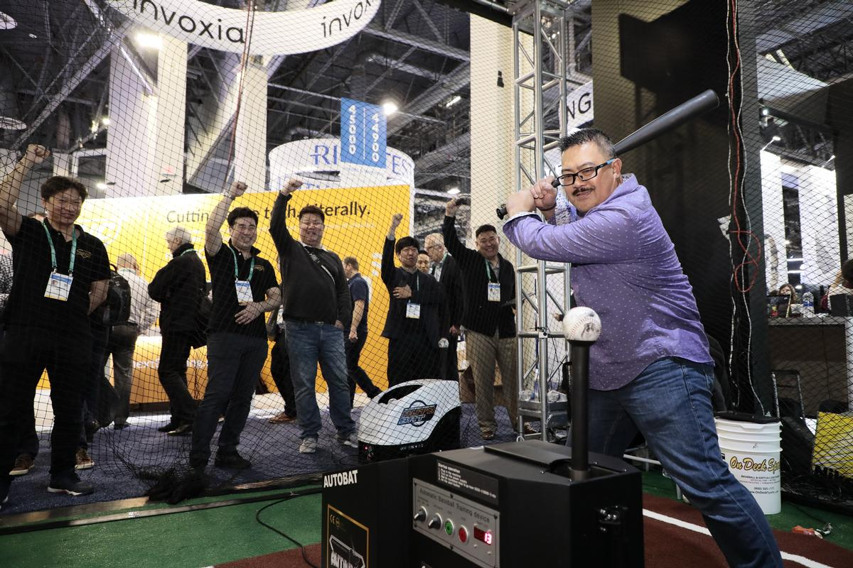 The CES event is where many new fitness and sports tech products are unveiled / CTA