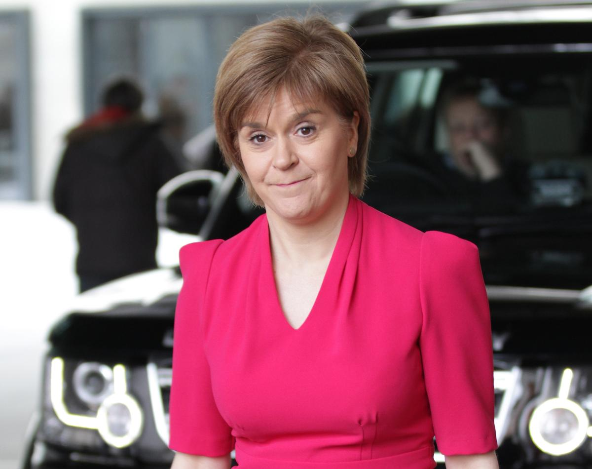 First Minister Nicola Sturgeon's 'indicative date' of 14 September for the reopening of gyms has angered the sector / Shutterstock.com/Twocoms