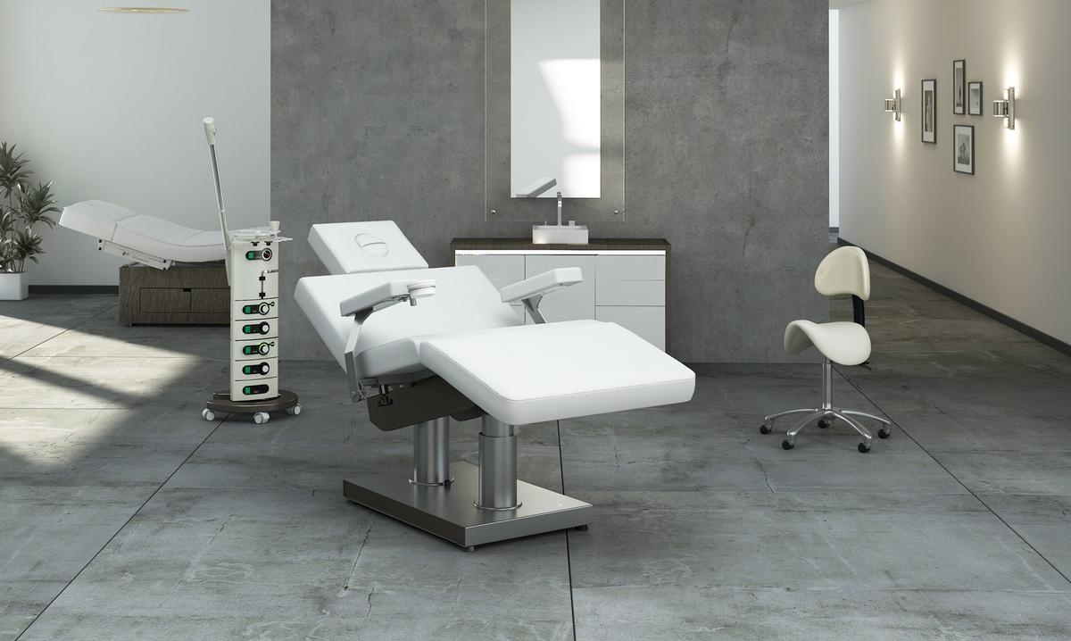 The electronic chair can accommodate a range of treatments, including facials, massages, pedicures, manicures, make-up or hair care applications / Gharieni