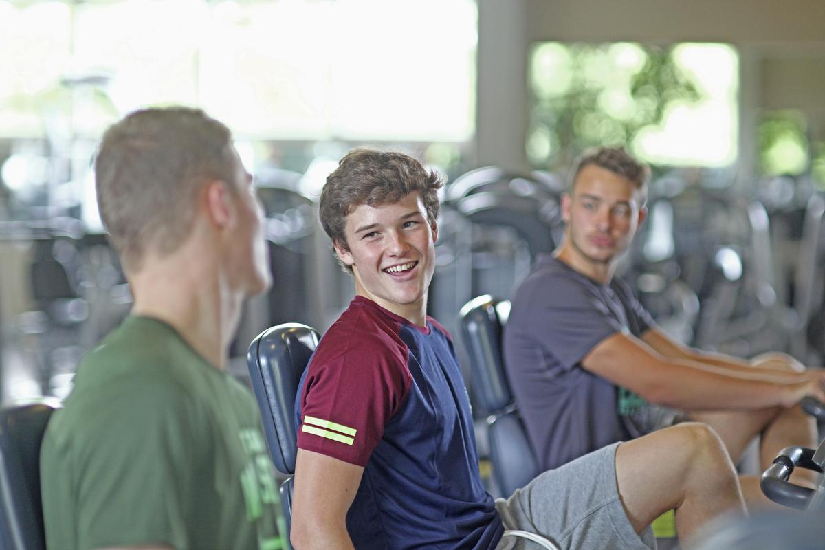 More time spent doing moderate-to-vigorous intensity physical activity in teenage years was associated with stronger hips at age 25 years / Shutterstock.com/Altrendo Images