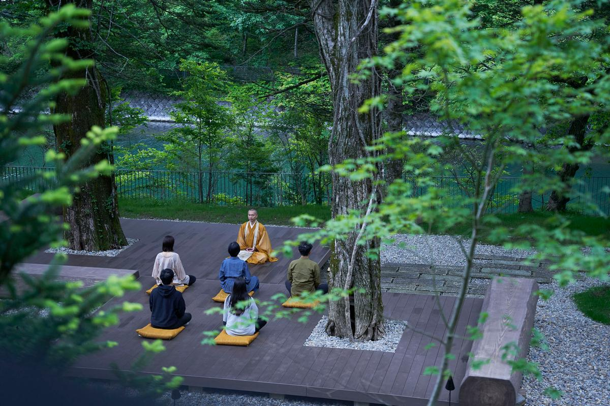 To facilitate a meditative and spiritual setting, guests at the Ritz-Carlton, Nikko are invited to participate in a nightly meditation ritual / Ritz-Carlton