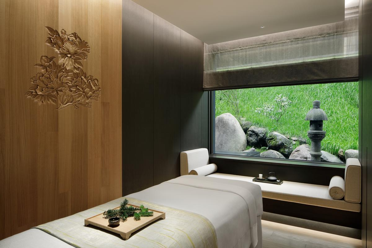 Layan Architects + Designers created the interiors for the Ritz-Carlton Nikko / Ritz-Carlton