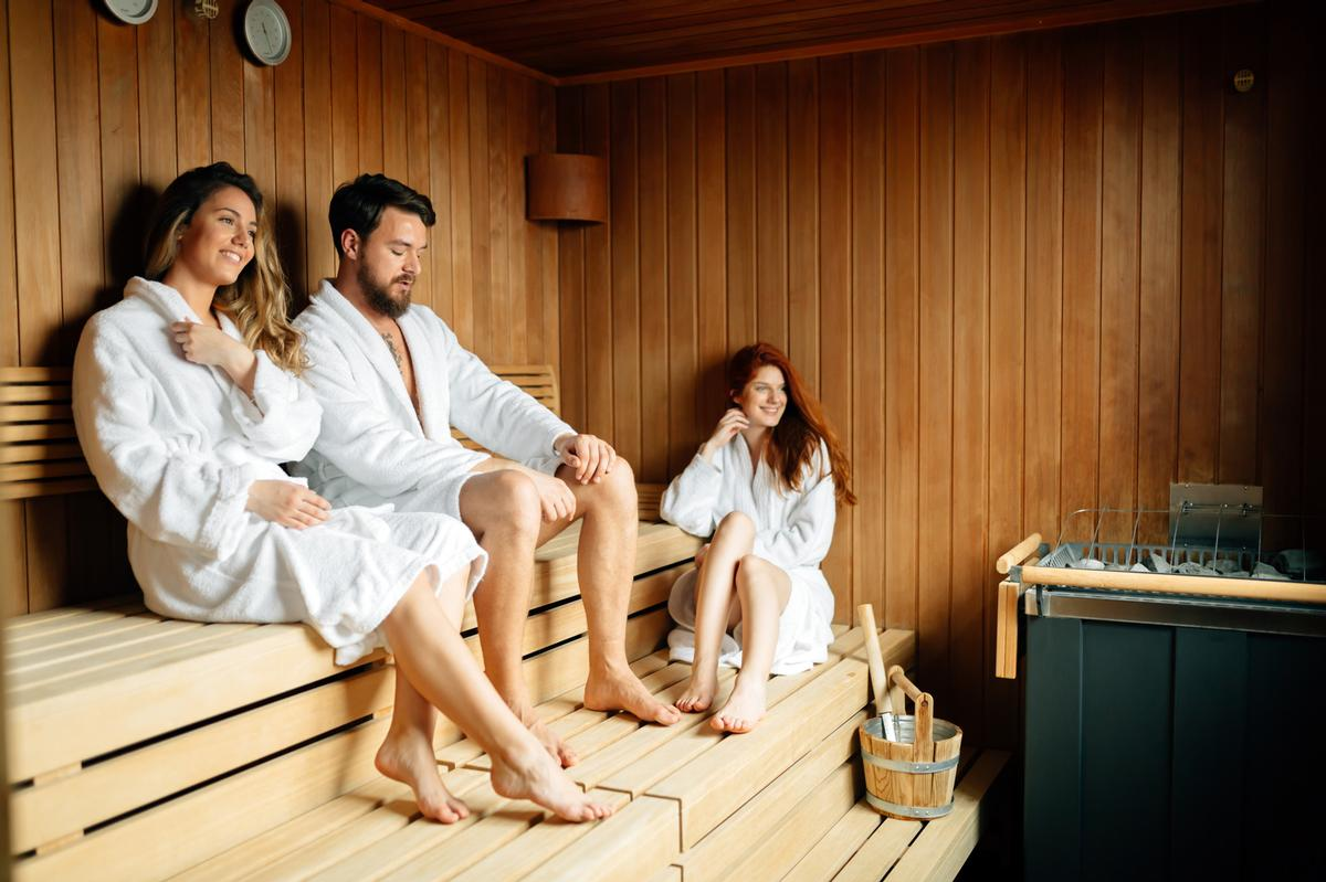 Saunas and steamrooms in England can reopen with immediate effect / Shutterstock: NDAB Creativity