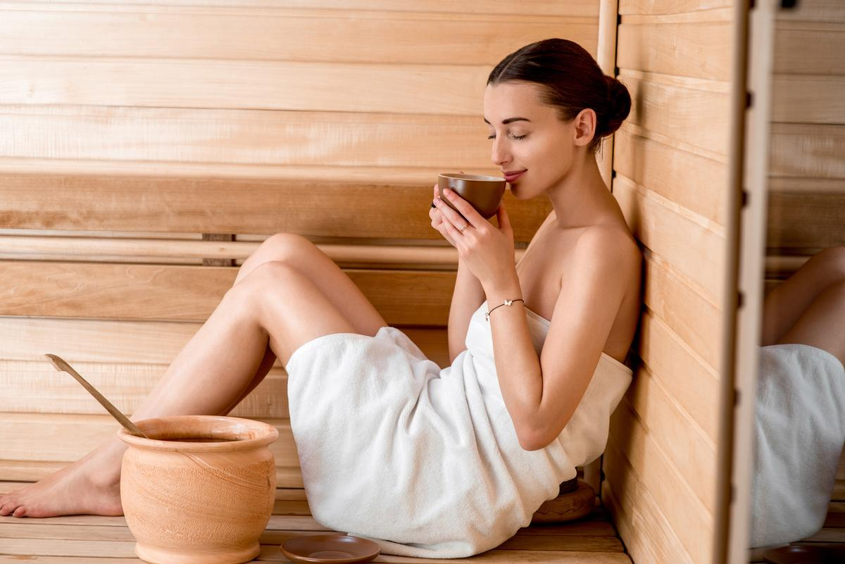 According to the Sauna from Finland, food, drinks and cooking are an important part of the sauna experience / Shutterstock/RossHelen