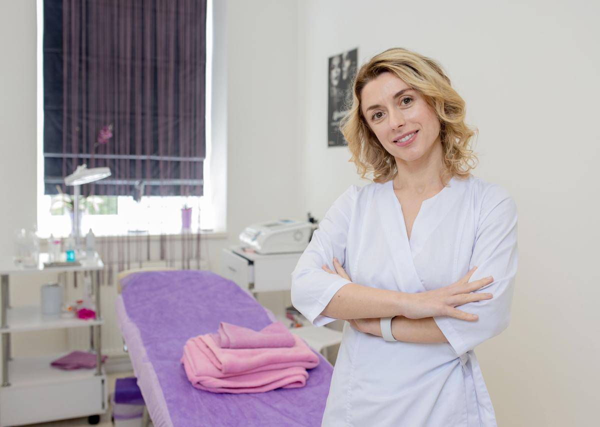 ISPA and CIDESCO believe their collaboration will increase awareness of and demand for careers in the spa industry / Shutterstock/Volodymyr Maksymchuk
