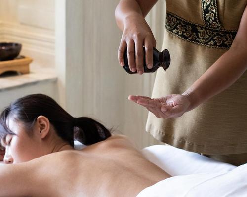 Anantara Spa develops immune-boosting massage oil for signature treatments
