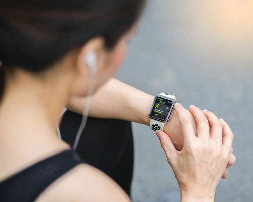 Apple is hinting at a move into virtual fitness / Shutterstock/KANUT PHOTO