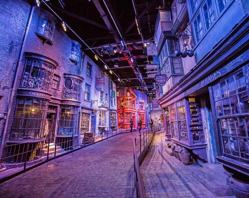 Set to open in the first half of 2023, Warner Bros. Studio Tour Tokyo will feature sets used in the popular Harry Potter movies / Shutterstock.com/COO7