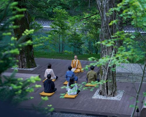 To facilitate a meditative and spiritual setting, guests are invited to participate in a nightly meditation ritual