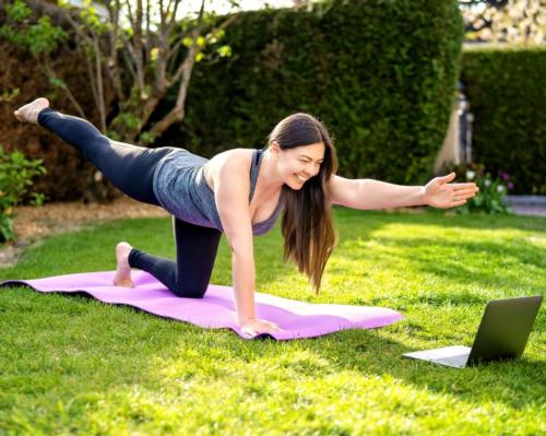 New products and increased promotion of digitally consumed fitness activities also led to more people exercising at home / Shutterstock.com/Tatyana Soares