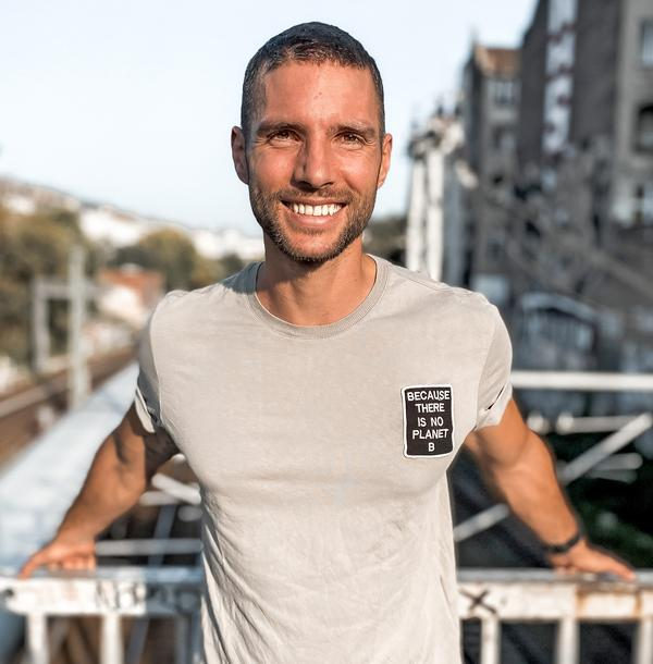 Laurent Petit aims to inspire people to lead an active and eco-conscious life / © Annelina Waller
