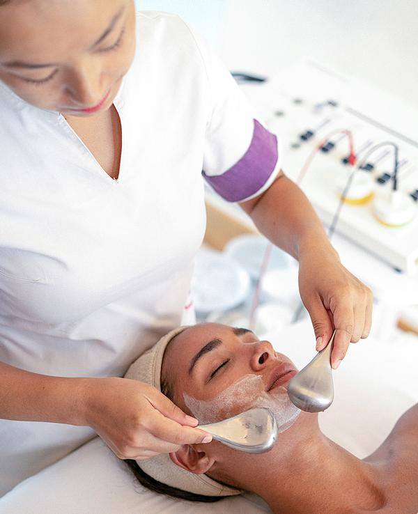 High-yielding advanced facials include those by Biologique Recherche / photo: raffles Seychelles, Accor © Christopher Wadsworth
