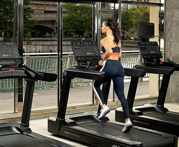 Integrity SL features make cardio equipment easier to service and maintain / photo: life fitness